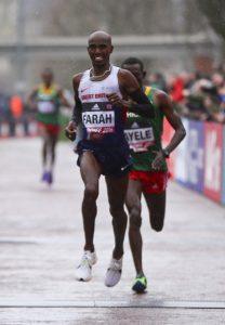 Schlussspurt um Bronze mit dem besseren Ende für Mo Farah. © Getty Images for IAAF / Jordan Mansfield